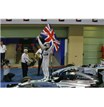 1:43 Mercedes F1 Team W05 - Hamilton - Winner Abu Dhabi GP 2014 W.Standing Figurine & Flag - Ltd Ed 2014pcs