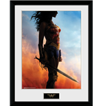 Wonder Woman Framed Picture - Stand - 30x40 Cm