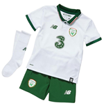2017-2018 Ireland Away Little Boys Mini Kit