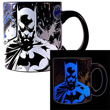 BATMAN Stare Glow In The Dark 20oz Coffee Mug
